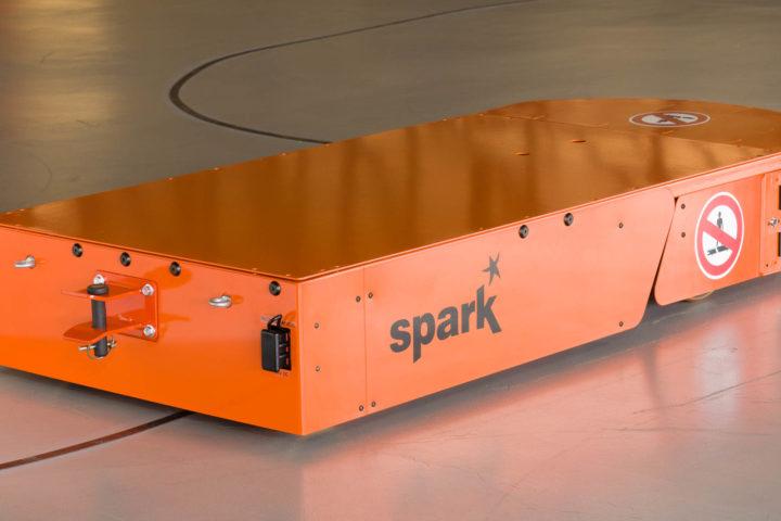 AGV - Veículo Guiado Automaticamente da Spark (versão 1800 Kg) - visão traseira